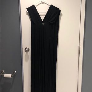 Black maxi - CAN BE WORN MULTIPLE WAYS